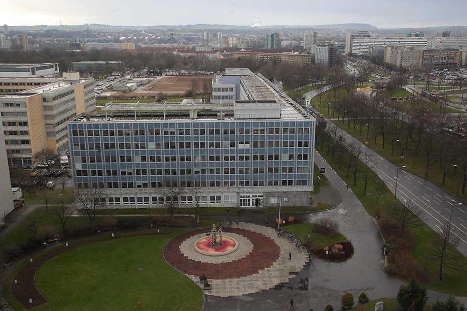 Das Robotron-Gebäude an der Ecke Grunaer Straße/St. Petersburger Straße bleibt Verwaltungssitz.