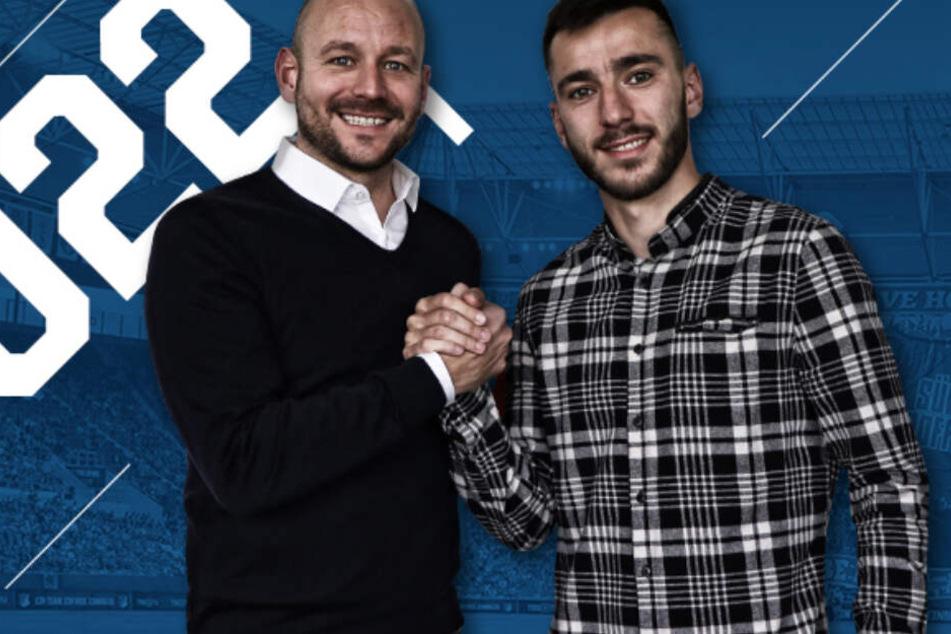 TSG-Sportchef Alexander Rosen stellt Neuzugang Sargis Adamyan (r.) vor.