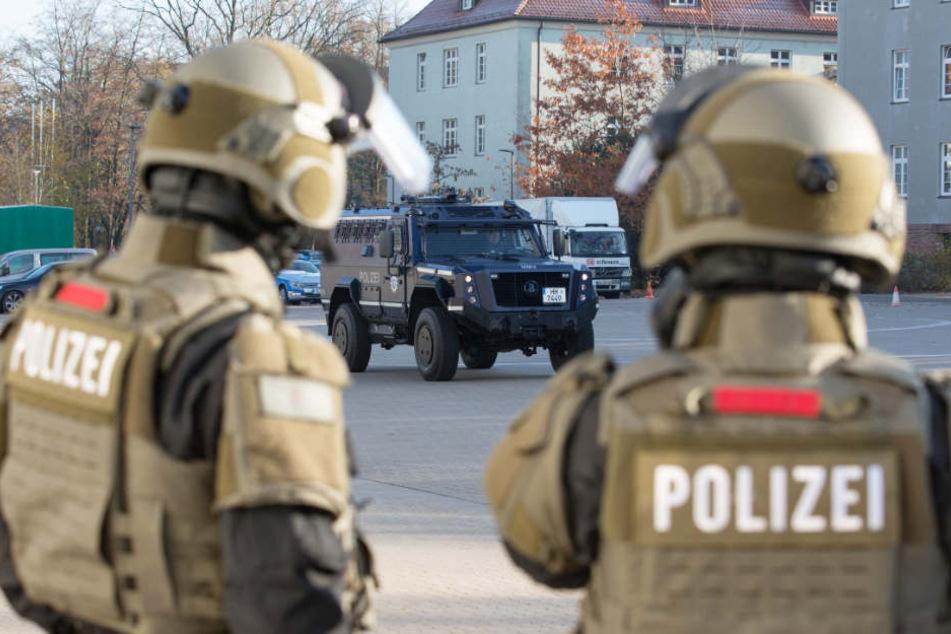 Das Spezialeinsatzkommando wurde alarmiert, weil Schüsse fielen (Symbolbild).