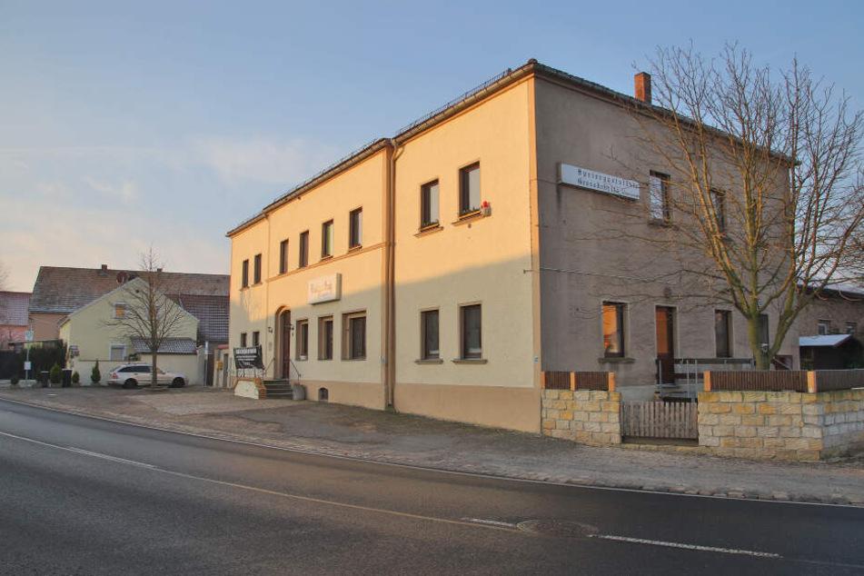Der alte Gasthof in Großdobritz soll bald auch für Gäste aus der Luft Anlaufstelle werden.