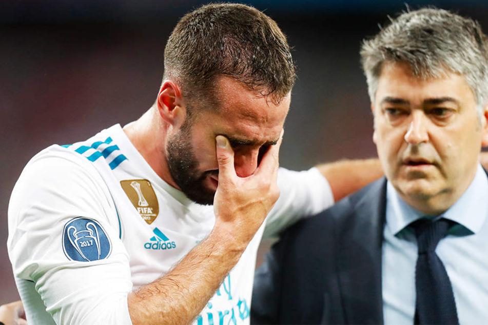 Auch Real Madrid Rechtsverteidiger Dani Carvajal (l.), früher bei Bayer Leverkusen aktiv, musste noch in der ersten Halbzeit weinend und verletzt ausgewechselt werden.