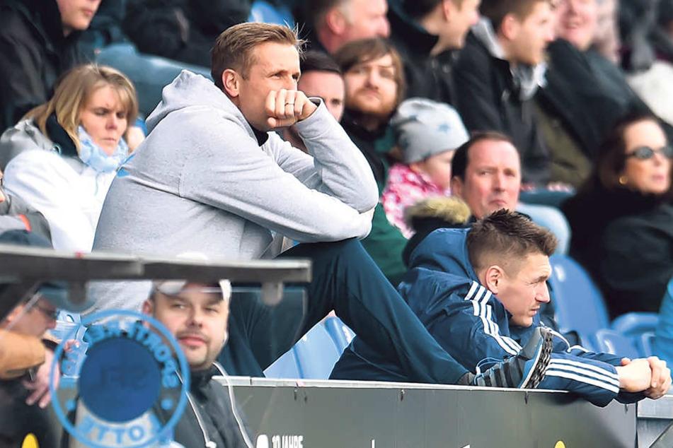 CFC-Trainer David Bergner musste das Spiel nach der Pause von der Tribüne aus verfolgen.