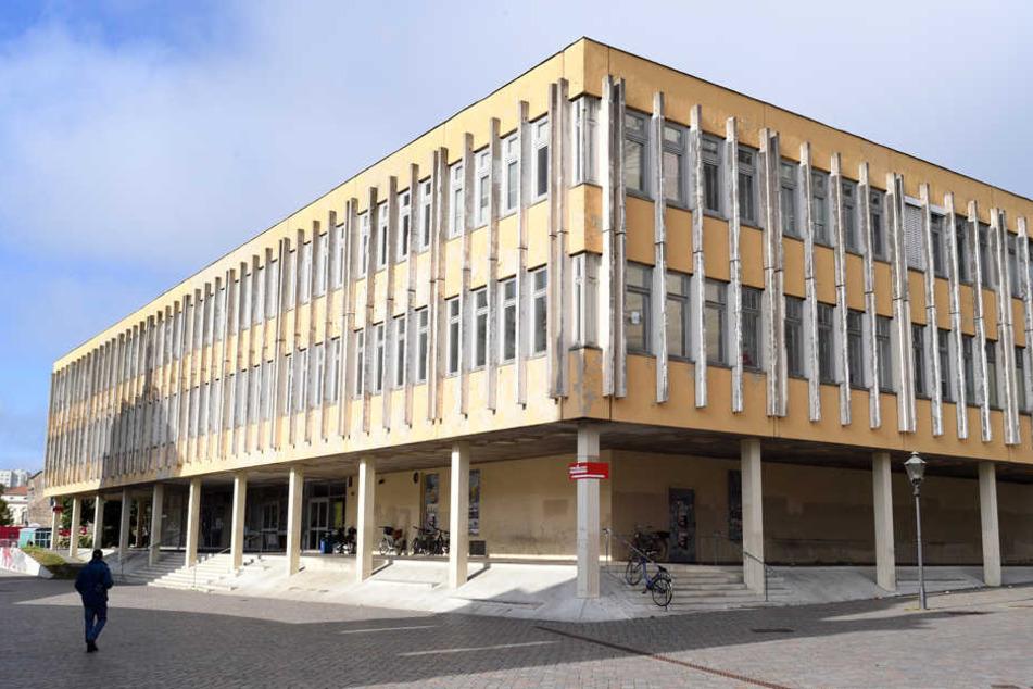 Was künftig an Stelle des FH-Gebäudes im Herzen des Landeshauptstadt stehen wird, ist noch unklar.