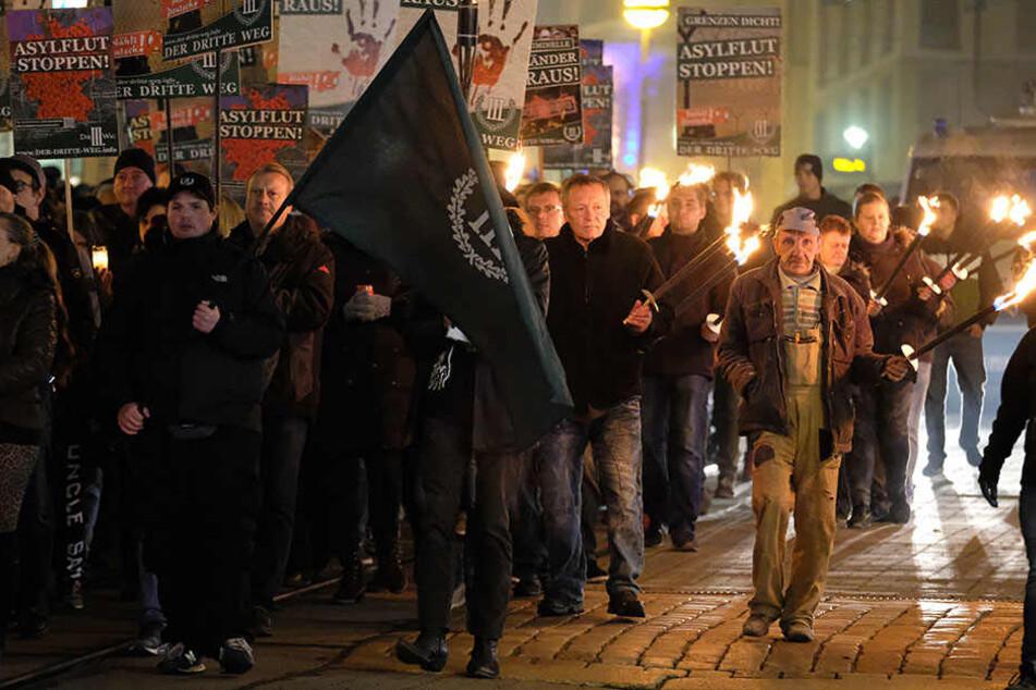 Proteste gegen rechtsextremen Umzug in Plauen