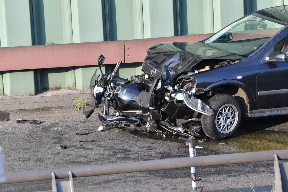 Laut Polizei hatte der Mann an drei Stellen auf der Autobahn Crashs verursacht.