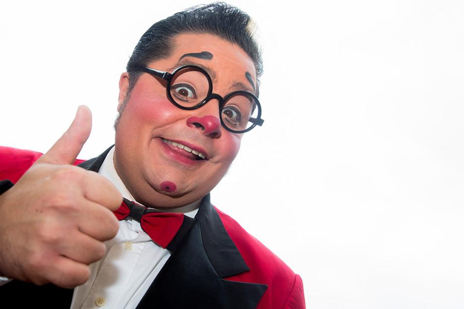 Gilt als kreativster Clown Europas: Totti Alexis (34) fühlt sich durch die irren Attacken der Horror-Clowns in seiner Berufsehre verletzt.