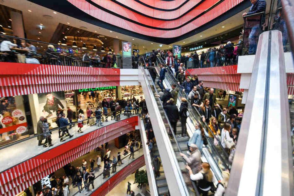 Gleich am ersten Wochenende waren über 100.000 Shopping-Fans im LOOM.