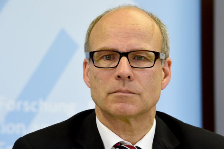 Der Schulsenator Ties Rabe (SPD) fordert mehr Hausaufgaben.