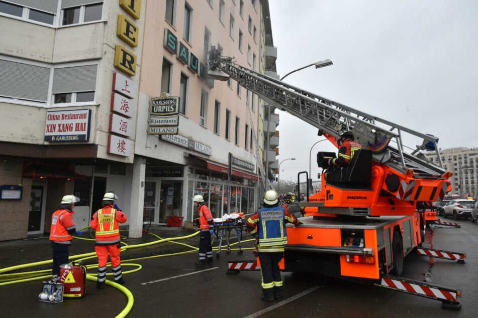Zahlreiche Menschen wurden von der Feuerwehr gerettet.