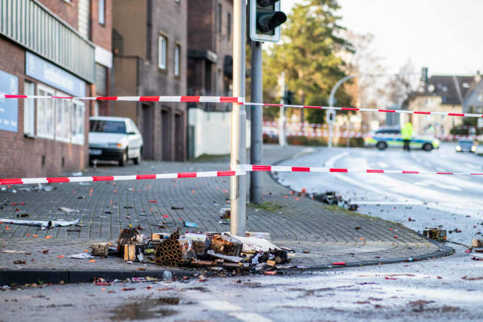 Ein Tatort nach der Auto-Attacke des Mannes.