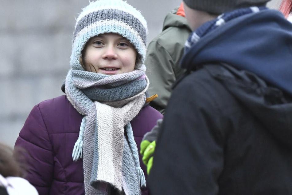 Greta Thunberg demonstriert mit indigenem Volk