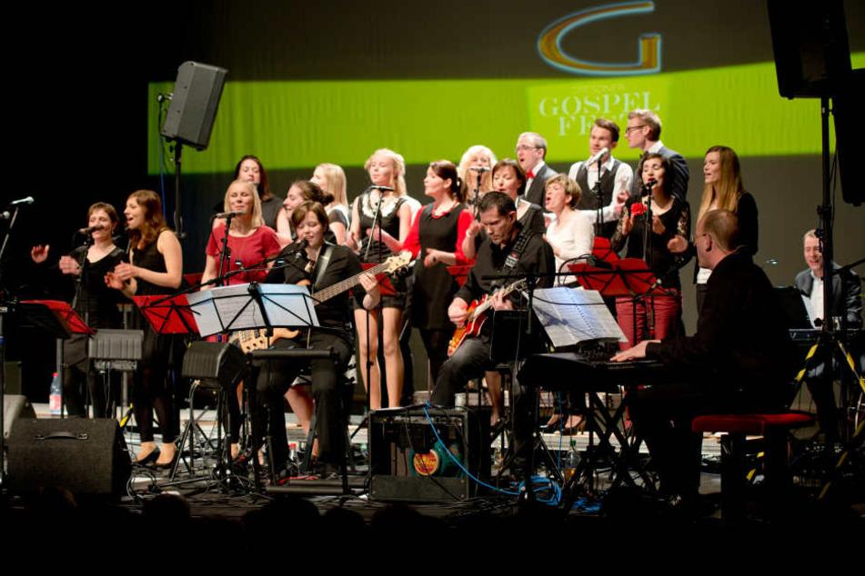 Vom Dorfchor zum Musiksternchen: Angefangen mit fünf Mitgliedern besteht der  Chor heute aus 20 Sängern im Alter von 16 bis 52. Bekannt ist der Klangkörper  für seine gesanglich perfekten Konzerte mit Live-Band.