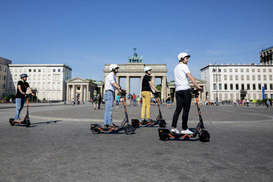 "Highlight oder ""Elektro-Schrott""? E-Scooter sind in Berlin durchaus beliebt."