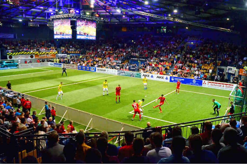 Mit 3.500 Zuschauern war die Zwickauer Stadthalle wieder gut gefüllt.