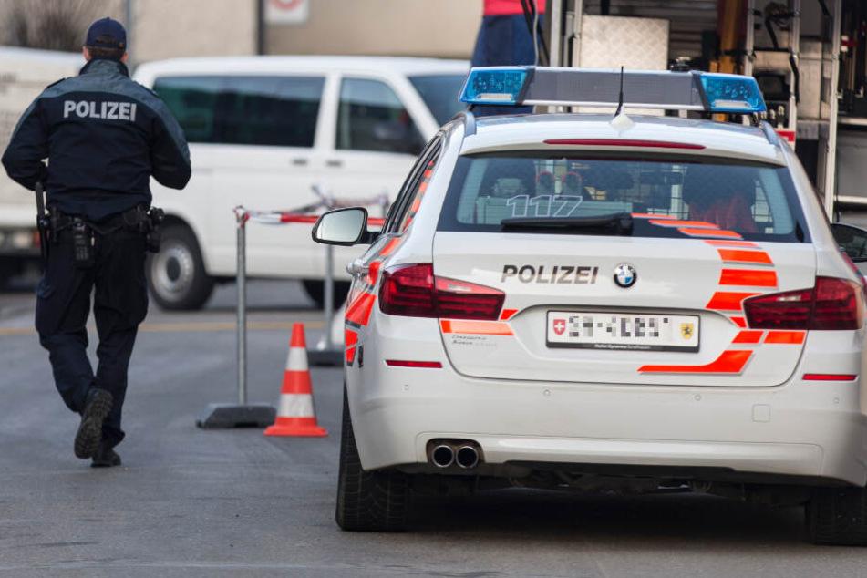 Zeugen, die sachdienliche Hinweis geben können, sollen sich mit der Staatsanwaltschaft Basel oder mit der nächsten Polizeiwache in Verbindung setzen. (Symbolbild)