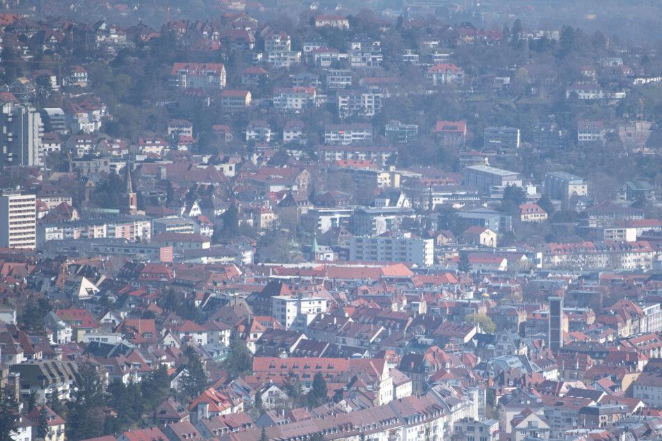 In Stuttgart gibt es inzwischen 903 registrierte Infektionen mit dem Coronavirus, sowie elf Todesfälle.