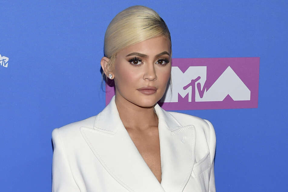 Hier hatte Kylie Jenner (23) noch blonde Haare.