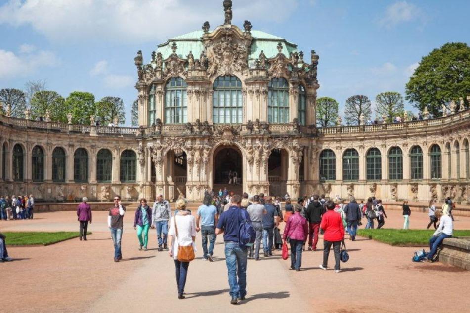 Deutschland Feiert In Dresden