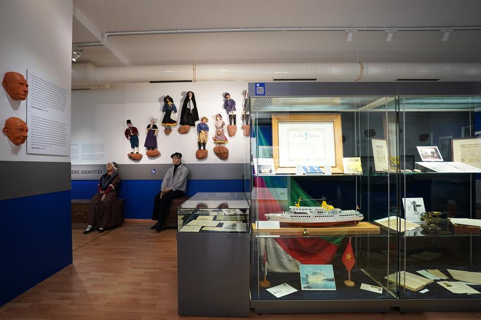 Puppen, Schiffsmodelle und historische Exponate sind im Museum Helgoland zu sehen. Das hat nach der Umbauphase nun wieder geöffnet.