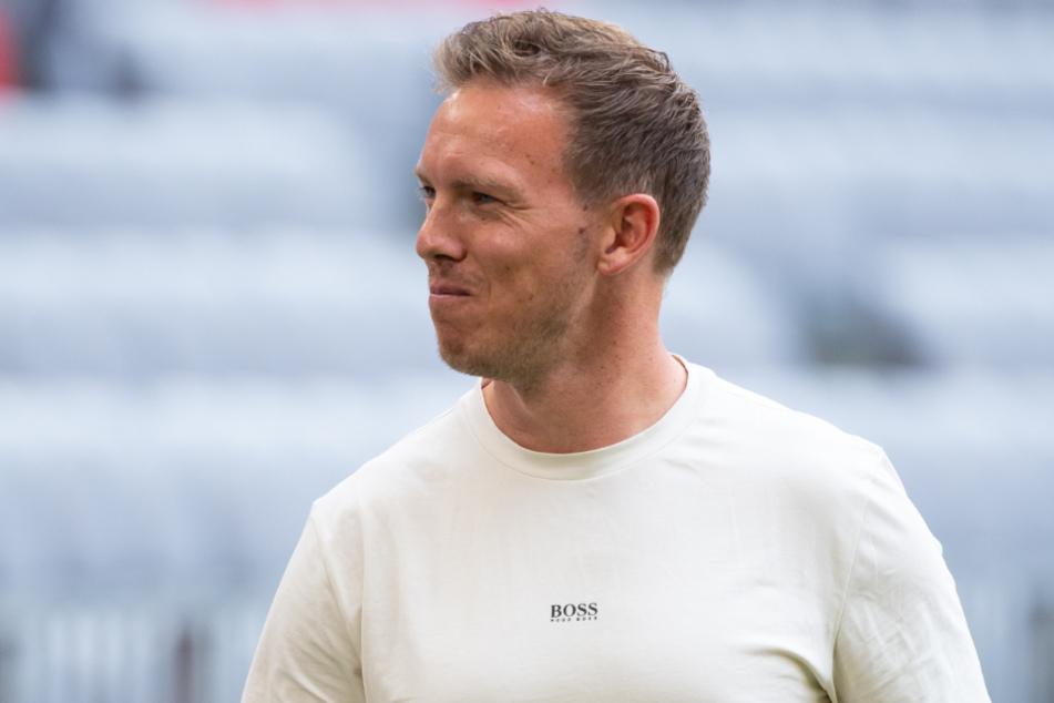Julian Nagelsmann (34) ist bei seiner Heimpremiere in der Allianz Arena als Trainer des FC Bayern München von einige wenigen Fans beschimpft worden.
