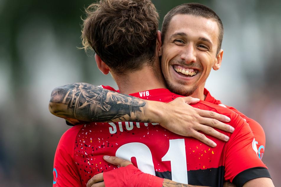 Darko Churlinov (21, r.) wird in dieser Saison wohl nicht mehr das VfB-Trikot tragen.
