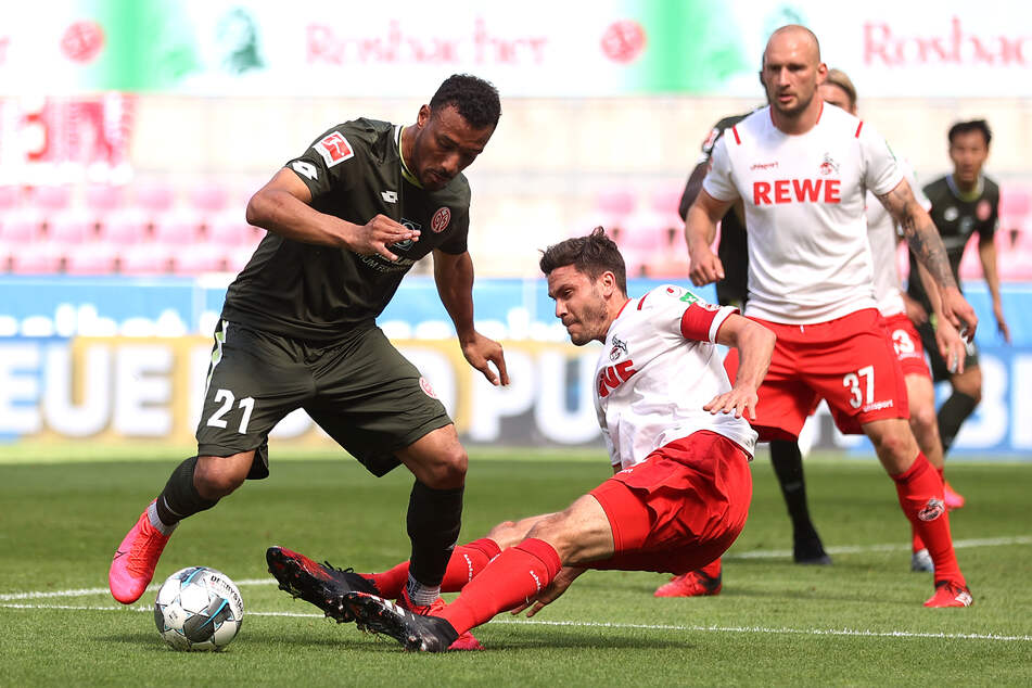 REWE bleibt bis mindestens 2022 Trikotsponsor des 1. FC Köln.