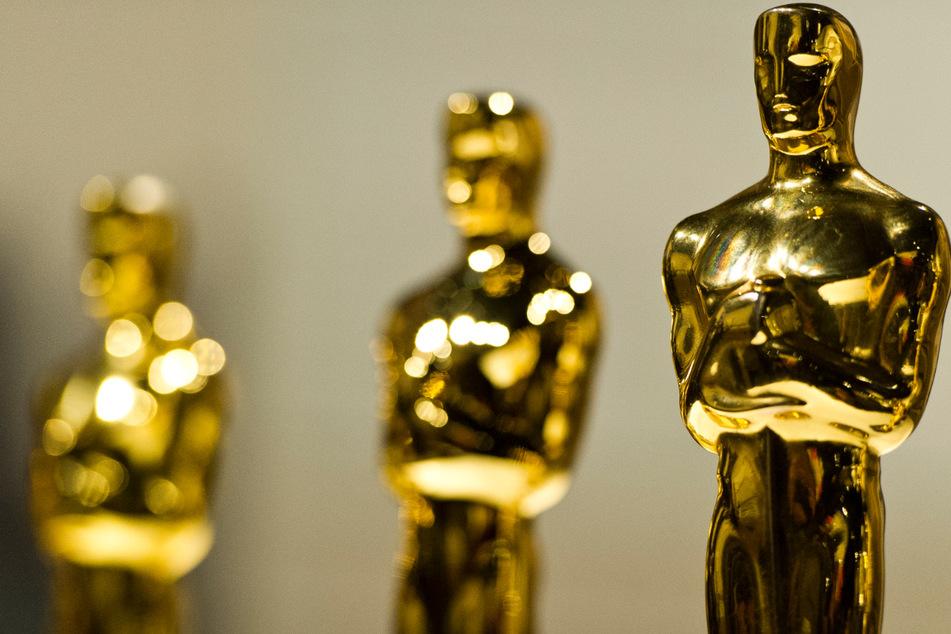 34 cm groß, 4,3 kg schwer, bestehend aus Bronze und mit 24-karätigem Gold überzogen: Der Oscar ist heute Nacht wieder das Objekt der Begierde.
