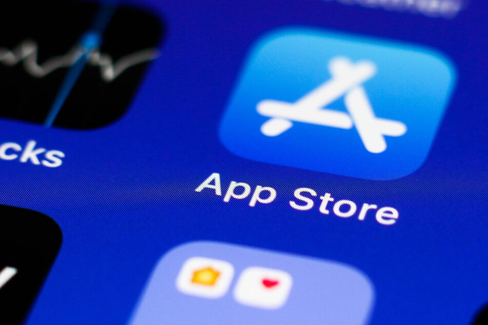 Apple suffers legal defeat and must let iPhone users pay outside the App Store