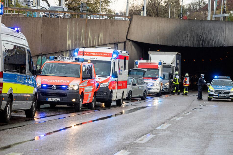 Unfall auf der B10 in Stuttgart: Stau im Feierabendverkehr