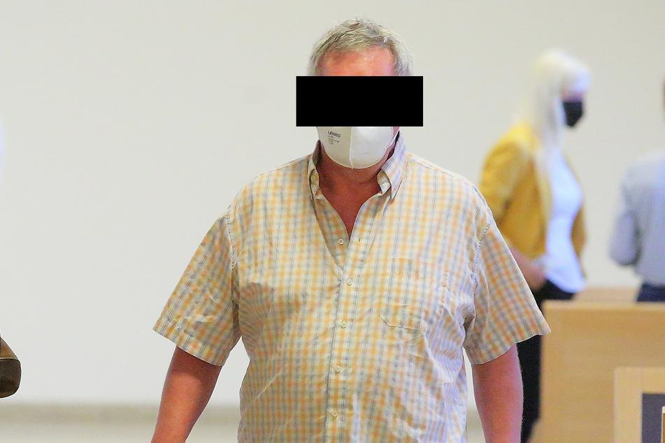 Der ohnehin eingezogene Führerschein von Detlef P. (61) bleibt per Urteil weitere zwei Jahre gesperrt.