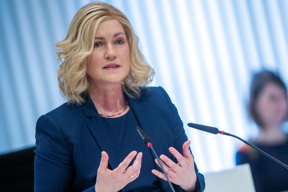 Anfang April hatte Manuela Schwesig noch längere Haare.