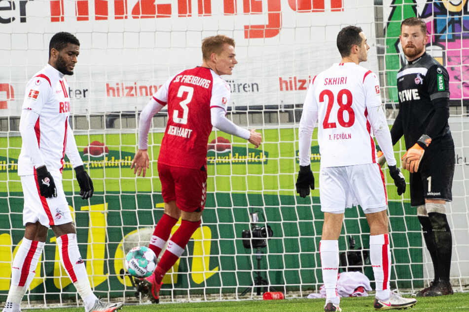 Niedergeschlagene Mienen beim FC: Köln ging in Freiburg baden.