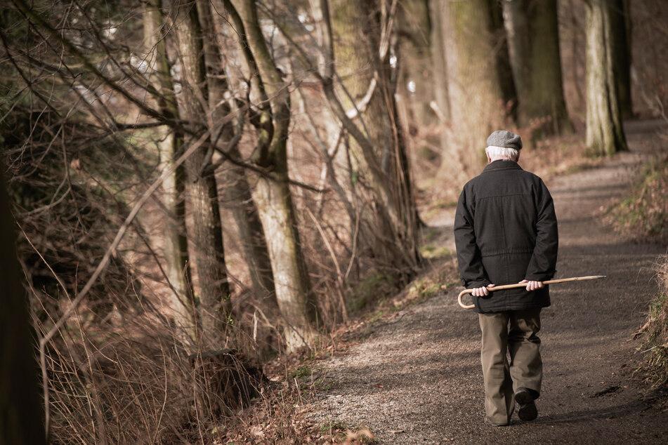 Rentner haut aus Altenheim ab und macht etwas Verrücktes