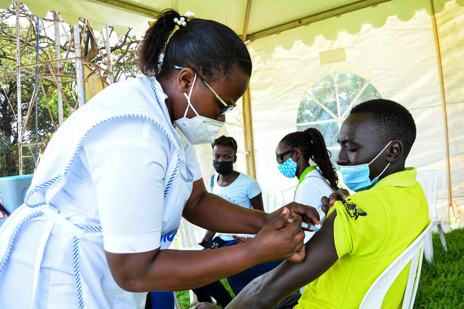 In Afrika wurden bislang sehr wenige Menschen gegen das Coronavirus geimpft.