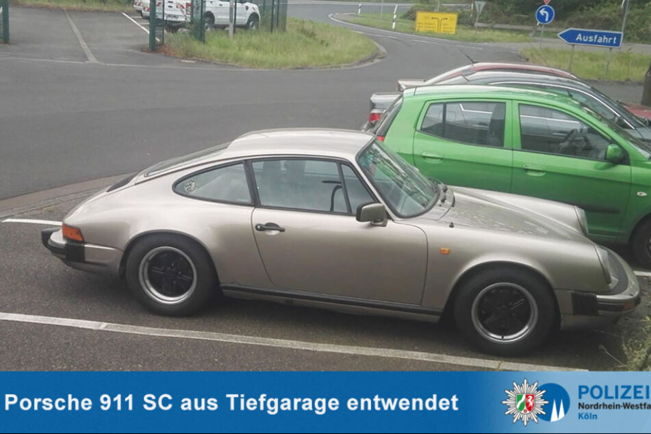 Die Kölner Polizei bittet um Hinweise zum Verbleib des grauen Porsche 911 SC.
