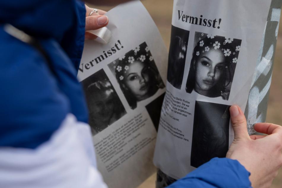 Mit Flugblättern wurde in ganz Berlin nach der damals 15-Jährigen gesucht.