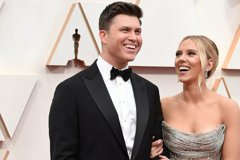 Scarlett Johansson and Colin Jost tie the knot in small, intimate wedding