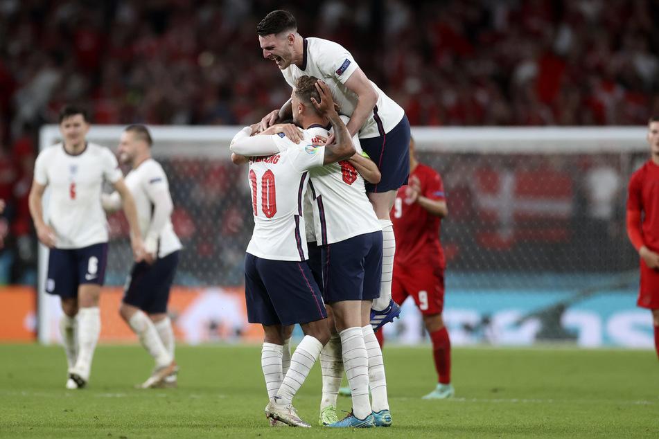 England besiegte Dänemark im EM-Halbfinale mit 2:1 nach Verlängerung, den Jubel seines Nationalteams musste Sam im Fernsehen mit anschauen. Doch im Finale darf er live dabei sein.