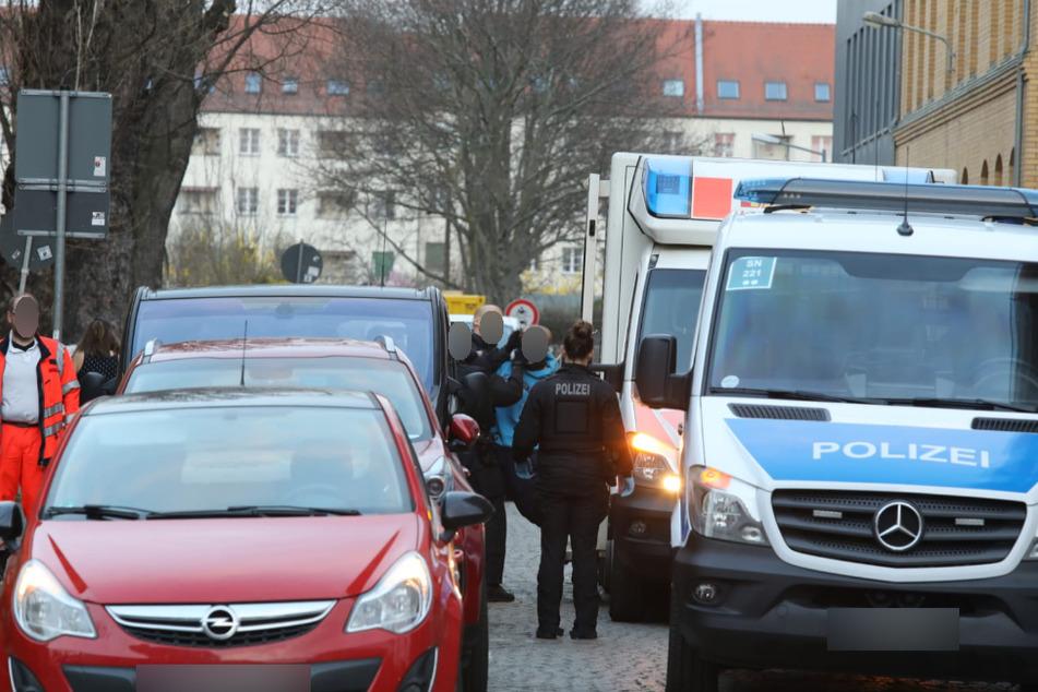 Leipzig: Mann bespuckt Passanten und Polizei und behauptet, mit Corona infiziert zu sein