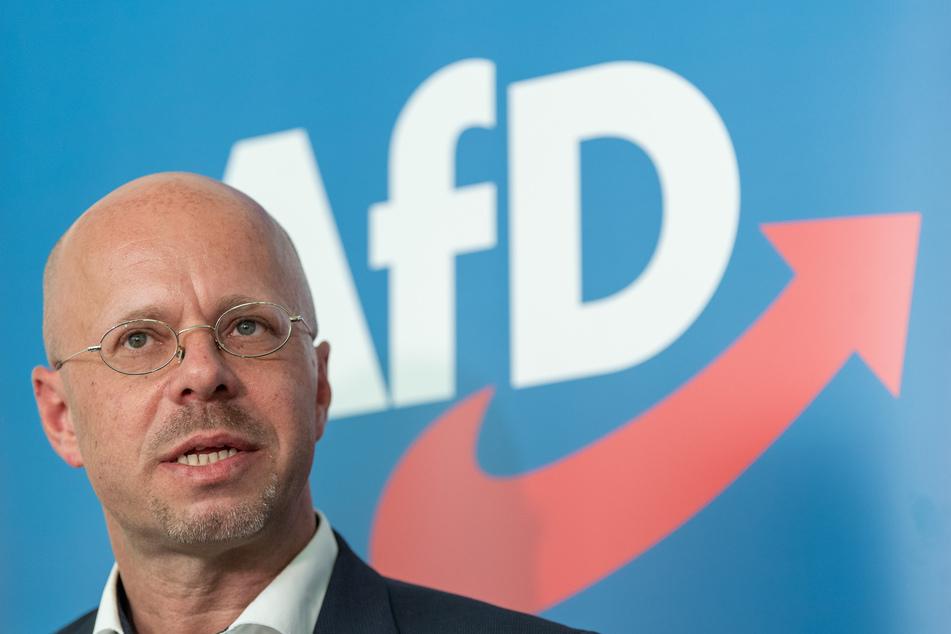 Auf dem Treffen sollte auch über die für nichtig erklärte Parteimitgliedschaft des bisherigen Brandenburger AfD-Landeschefs Andreas Kalbitz (47) diskutiert werden.