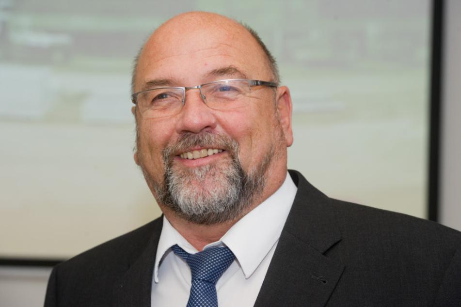 Gesundheitsminister Harry Glawe verteidigt die Kliniken.