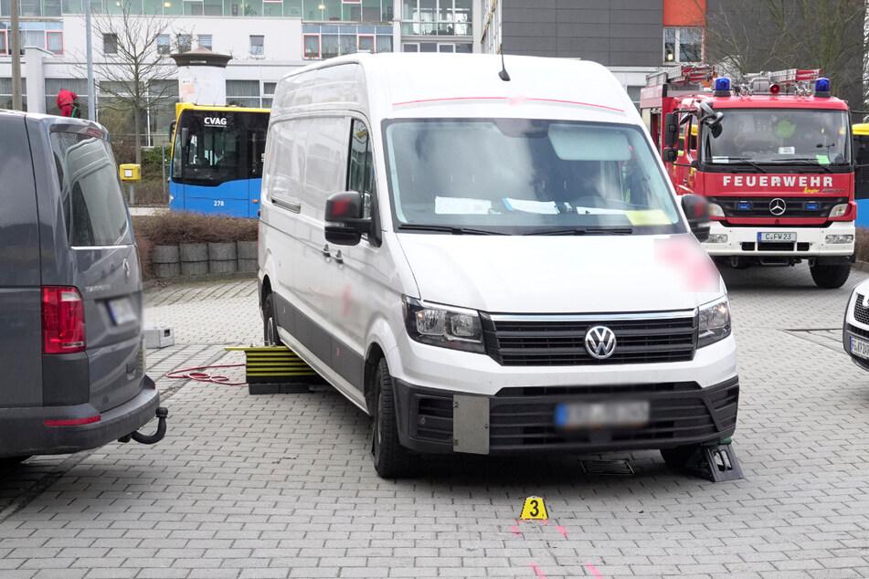 Tödlicher Unfall in Chemnitz: Fußgängerin von Transporter erfasst und überrollt