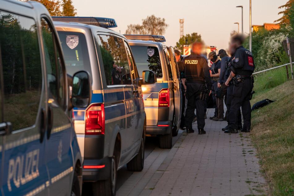 Spezialkräfte und ein Großaufgebot der Polizei suchten nach dem Verdächtigen.