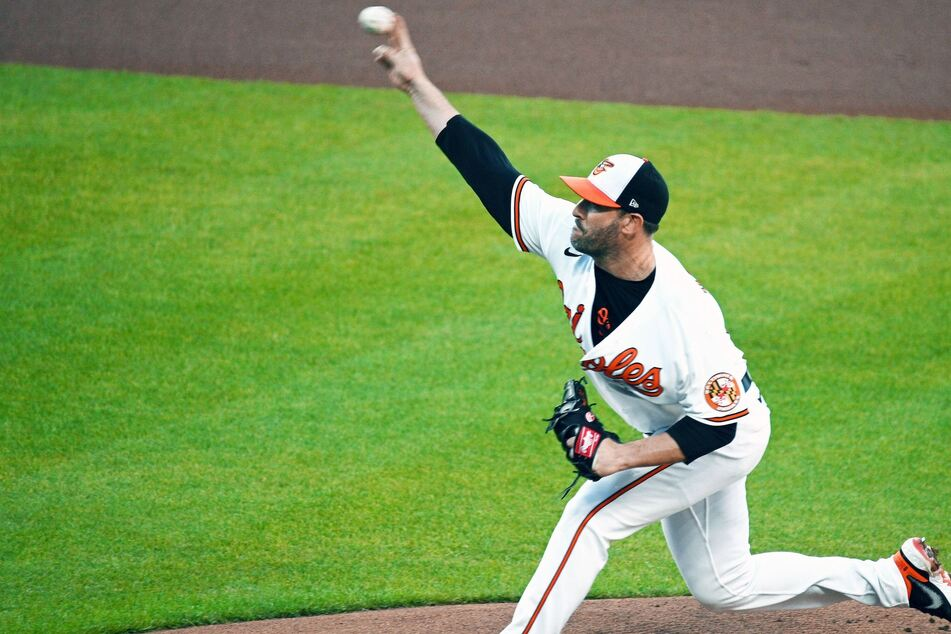 MLB: Baltimore bashes Oakland for Harvey's third straight win on the mound