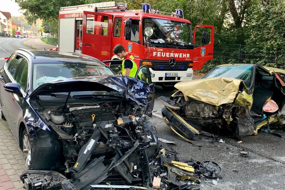 Zwei Schwerverletzte nach heftigem Verkehrsunfall in Dohna