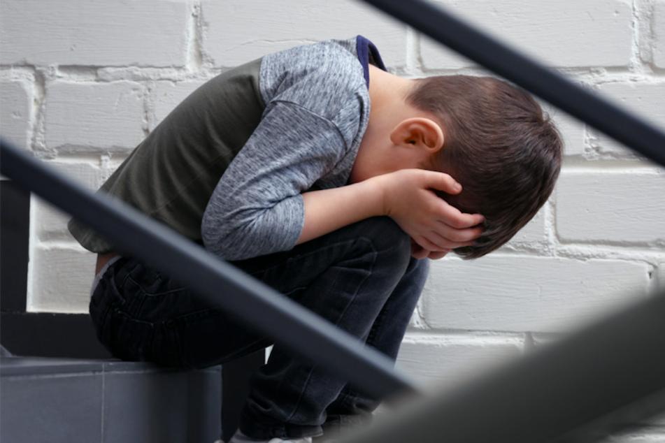 Ein Junge wurde von seinem Mitschüler in Nördlingen gemobbt. (Symbolbild)