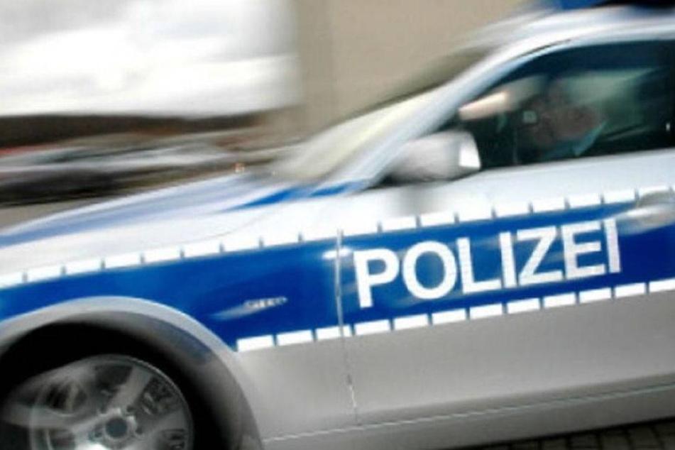 Doppelüberfall! Opfer schlägt Räuber in die Flucht und bricht zusammen