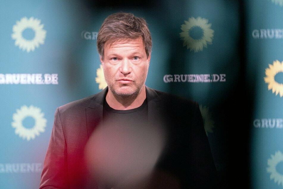 Co-Grünenchef Robert Habeck (51) fordert mehr mobile Impfteams.