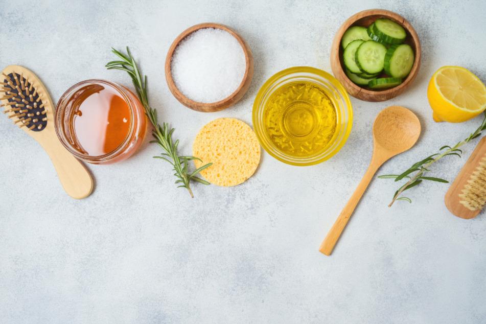 Mit den richtigen Zutaten natürlichen Ursprungs könnt Ihr Kosmetik-Produkte leicht selbst erstellen.