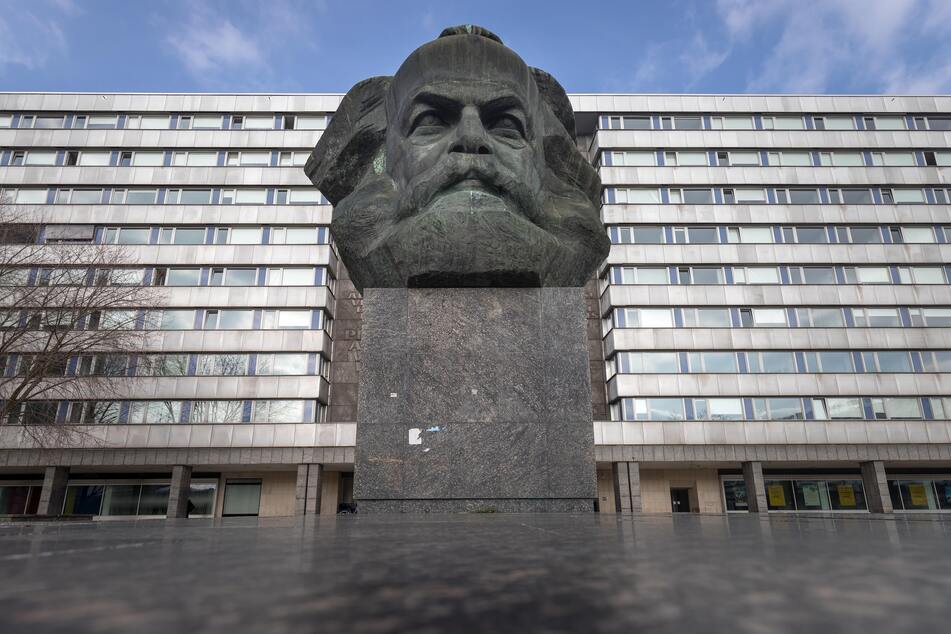 Das Karl-Marx-Monument ist eines der Wahrzeichen der Stadt Chemnitz und wird auch 2025 von vielen Touristen besucht werden.